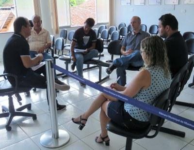 Grupo de vereadores se reúne com secretário municipal de Saúde