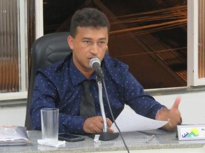 Vereador falou sobre abertura de curvas nas estradas rurais, alagamento no Loteamento Bom Pastor e redução de turmas na Escola Doutora Conceição