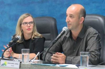 Vereadores pedem informações ao Conselho Municipal de Saúde
